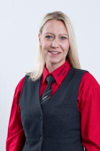 Gaby Von der Thannen-Nuck © 2020 MEDIArt | Photographie, Bestattung Nuck, Mitarbeiter Portraits, Teamaufnahmen